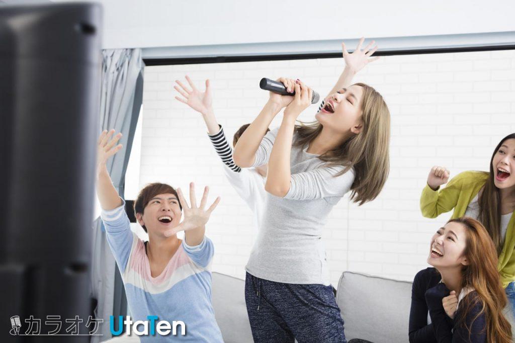 カラオケ 歌いやすい 女 音痴