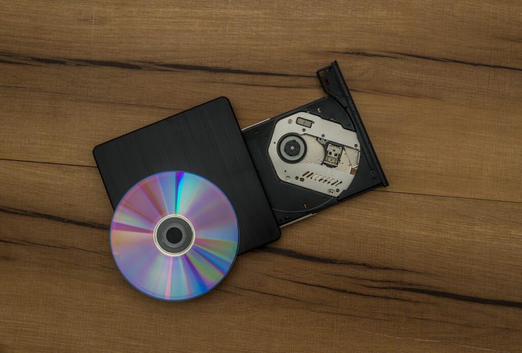 カラオケ dvd メリット デメリット